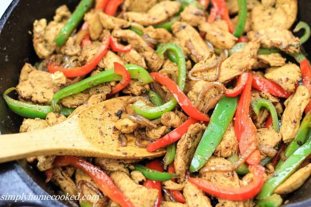 chicken with bell peppers and onions