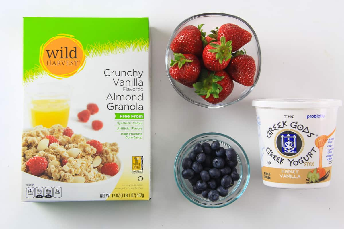 ingredients for greek yogurt berry parfait