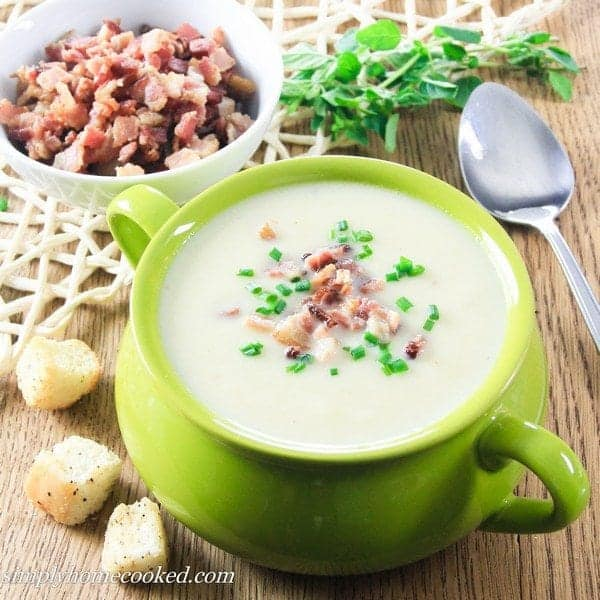how to make simple leek and potato soup
