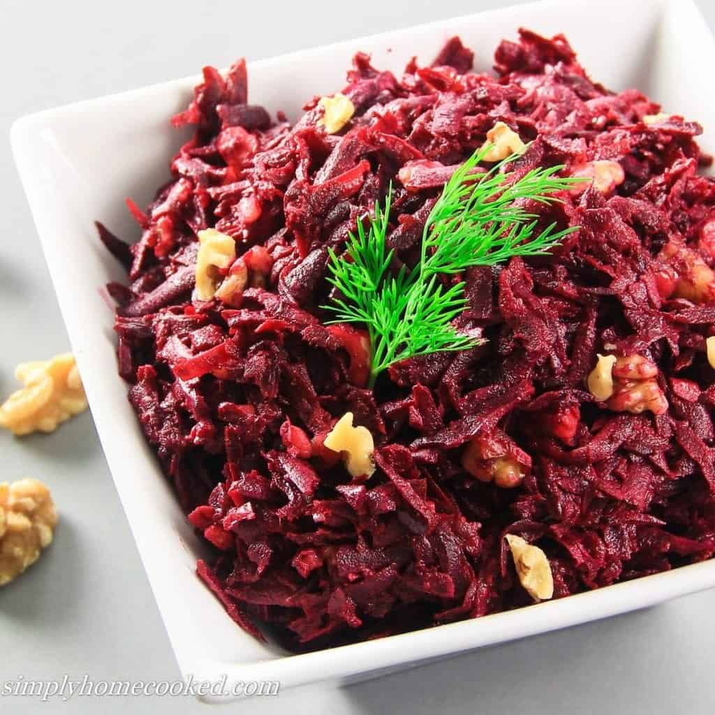 Beets with garlic and mayonnaise. Cooking recipe, useful properties and recommendations 97