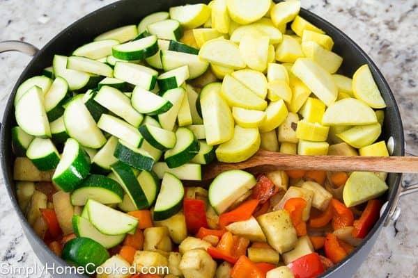 Paleo Chicken and Vegetable Casserole_-10