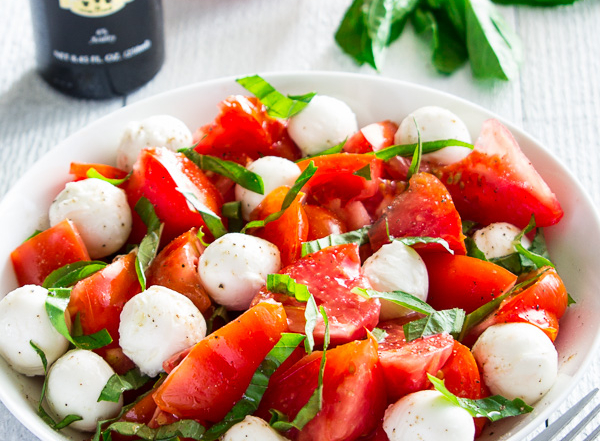 Chopped caprese salad-5