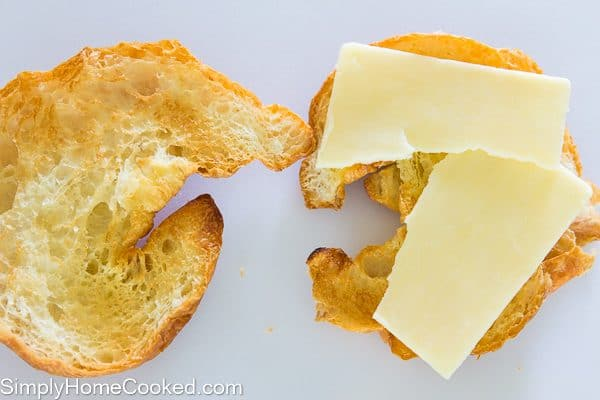 croissant breakfast sandwich-3