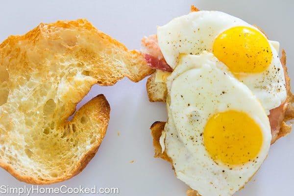 croissant breakfast sandwich-5