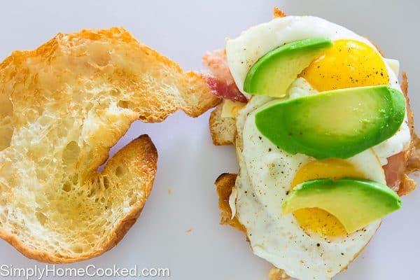 croissant breakfast sandwich-6