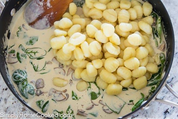 creamy-mushroom-gnocchi-10