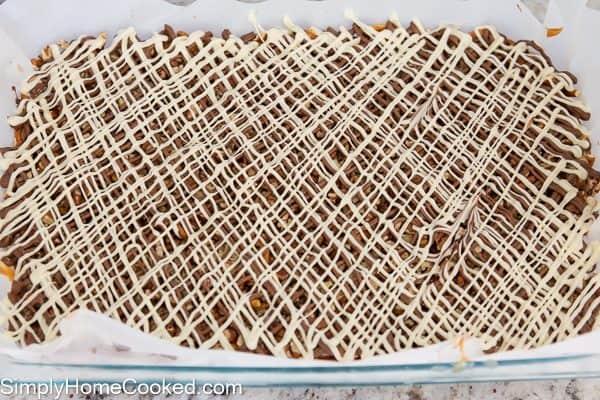 caramel-pretzel-bars-12