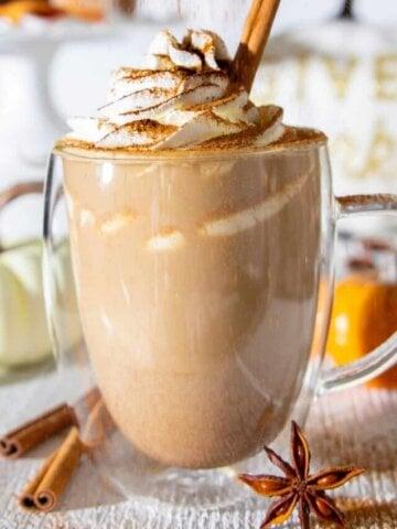 cropped-homemade-pumpkin-spice-latte-recipe-7.jpg